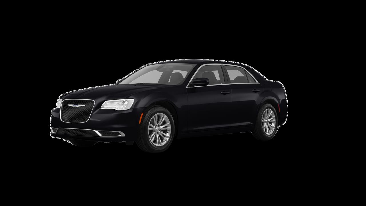 2017 Chrysler 300 4dr Car