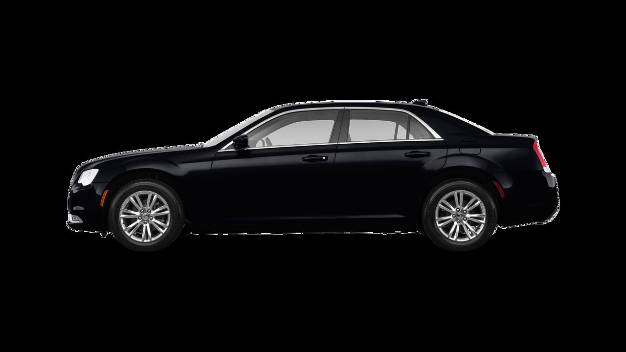 2018 Chrysler 300 4dr Car